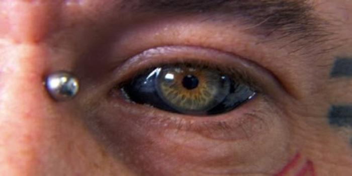 couleur-des-yeux-en-biologie-blanc-oeil-tatouage-lepangolincom