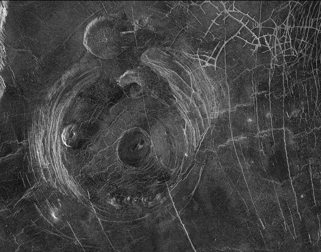 venus-planete-active-sonde-magella-janvier-1991-nasa